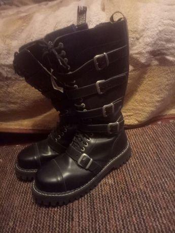 Steel ботинки для брутальных мужчин