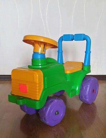 Детская машинка-толокар Орион с клаксоном