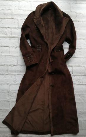 Zamszowy płaszcz 36