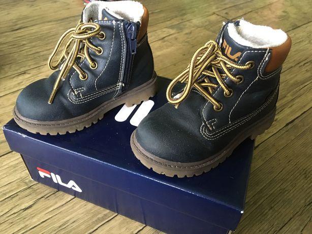 Buty na jesień Fila rozmiar 22
