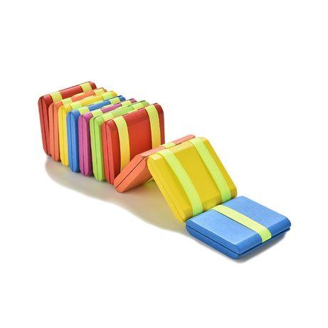 Brinquedo de madeira educativo. Lagarta