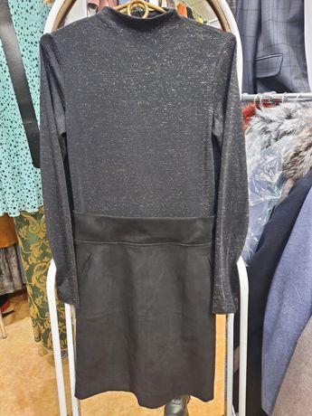 Продам короткое платье