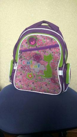 Продам школьный портфель (ранец, рюкзак) Kite в хорошем состоянии