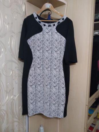 Продам платье 52 размера