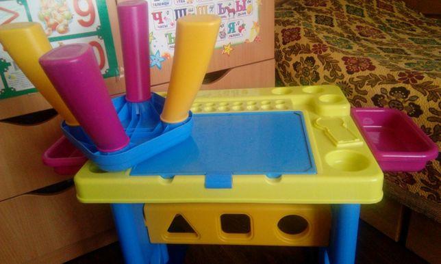 Столик и стульчик для творчества