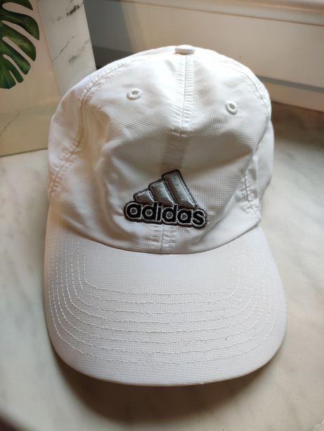 Biała czapka Adidas bejsbolówka