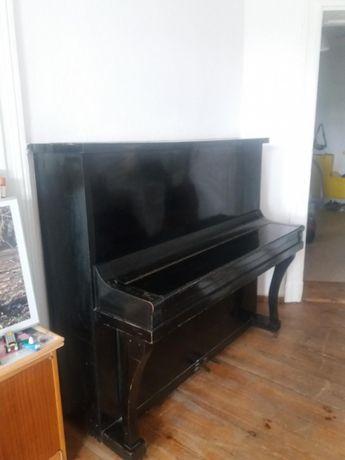 Pianino T. Trautwein Berlin