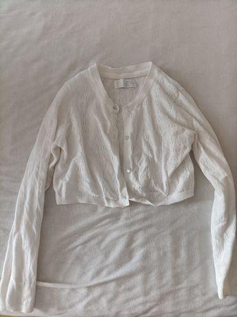 Sweterek rozpinany biały bolerko ażurowe 140 smyk