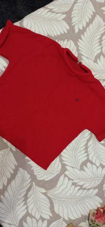 Кофта червоного кольору