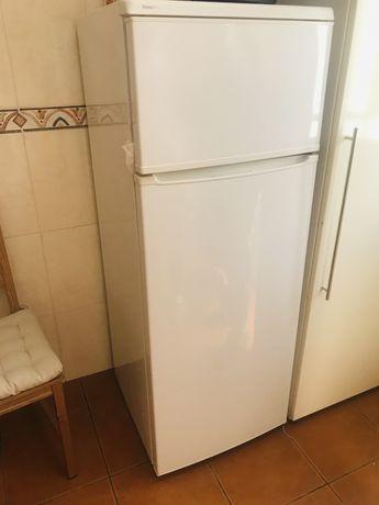 Vende-se frigorifico com congelador