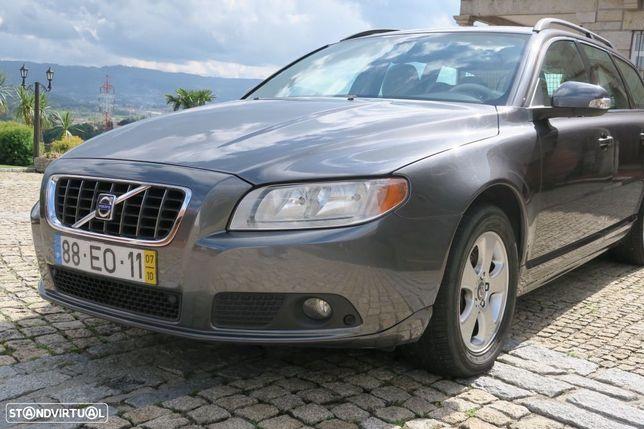 Volvo V70 2.4 D5 Nivel 2