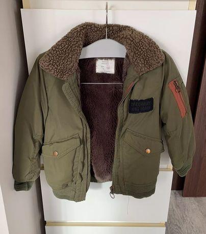 Ciepła kurteczka chłopięca khaki z futrzanym kołnierzem Zara 104