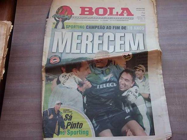 SPORTING CAMPEÃO NACIONAL 1999/2000  A Bola COMPLETO