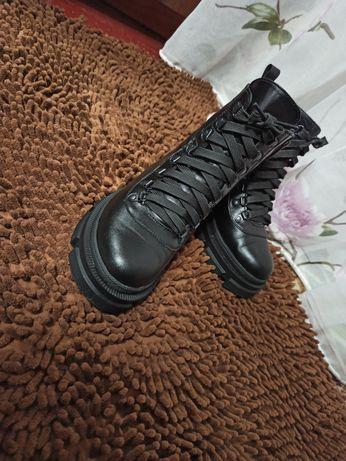 Продам Зимние ботинки 37р