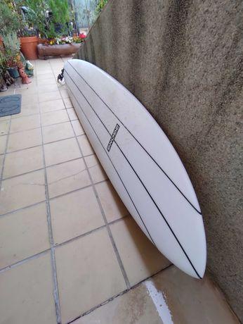 PRANCHA SURF 9 Gong Carter eps