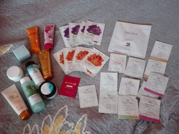 Zestaw kosmetyków Oriflame plus ponad 20 próbek