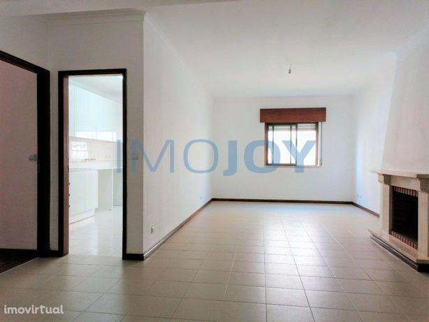 Apartamento T3 em Rio de Mouro