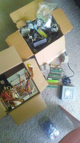 Części do komputera zasilacze, pamięć ram DDR2,1, napędy, kable, itp