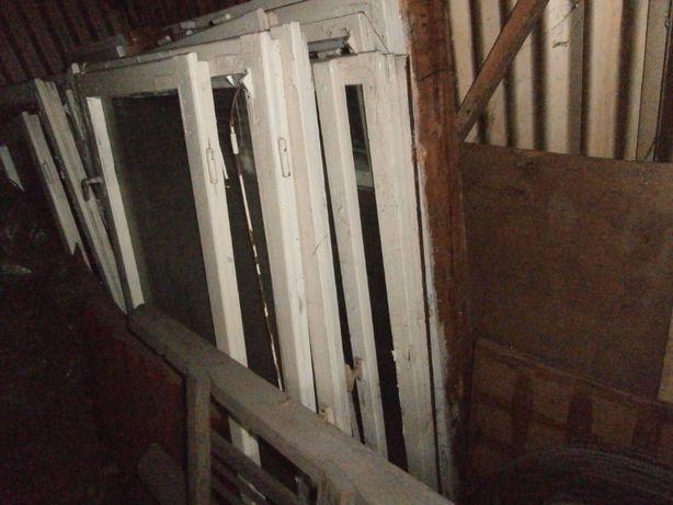 Okno drewniane 2 skrzydłowe z futryną, zdemontowane