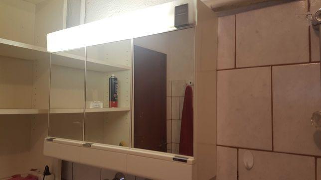 Szafka łazienkowa z lustrem