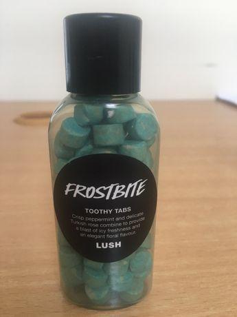 Tabletki do mycia zębów LUSH Frostbite Toothy Tabs 50g