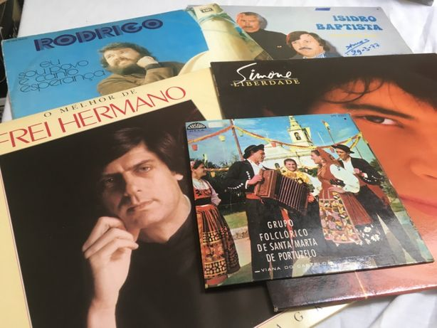 Lote 4 LP's + 1 single vinil- Frei Hermano, Rodrigo, Simone, fado
