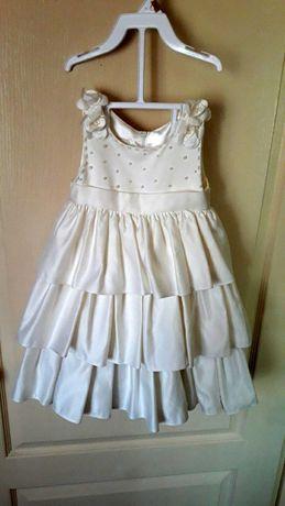 Нарядное платье на 2-3 года