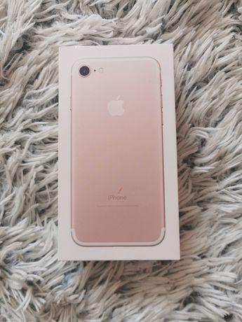 Iphone 7 różowy 32g