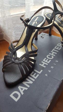 Sandálias pretas Daniel Hetcher com tacão, 37