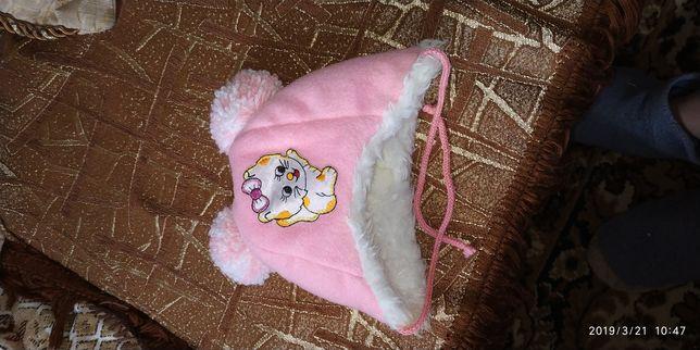 Шапочка для новорожденой девочки.