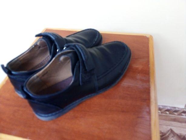 Туфли кожа на мальчика 35р