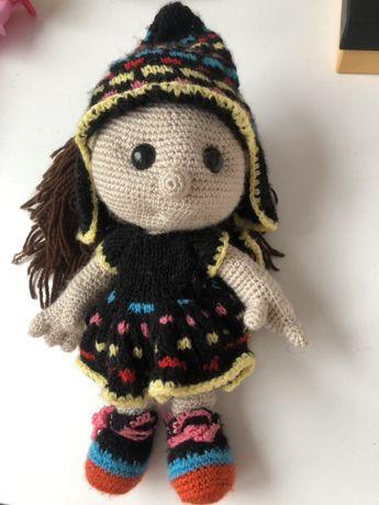 Кукла вязанная, ручной работы