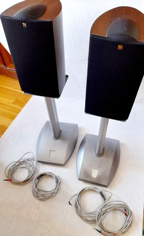Kef iQ1+suportes+cabos