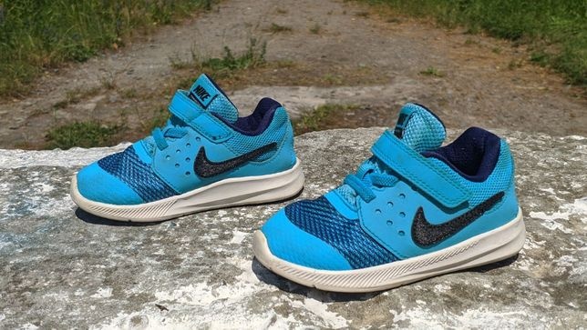 Легенькі та зручні Nike Downshifter 7