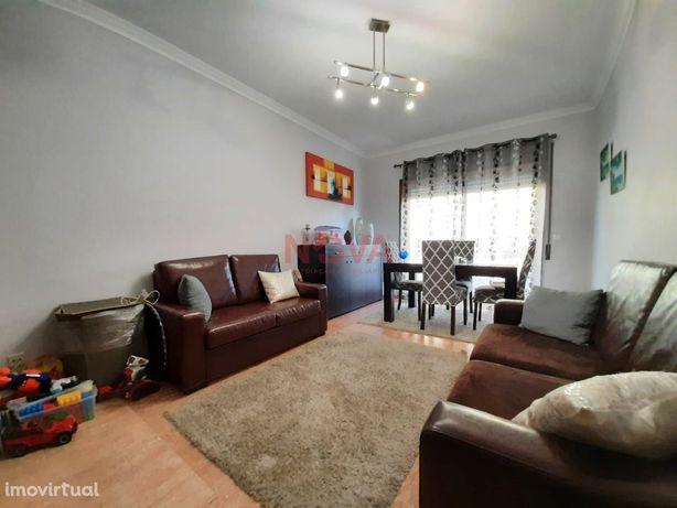 Apartamento T2+1 Caxinas