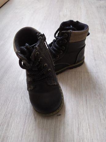 Ботинки осенние 20 размер