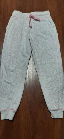 Spodnie dresowe George 8-9lat