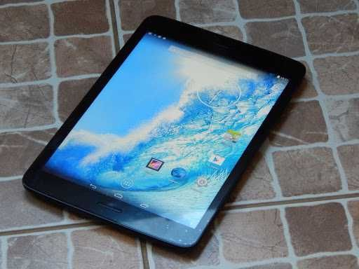 PocketBook SURFpad 3 (7,85″) планшет комплект: коробка руководство чек
