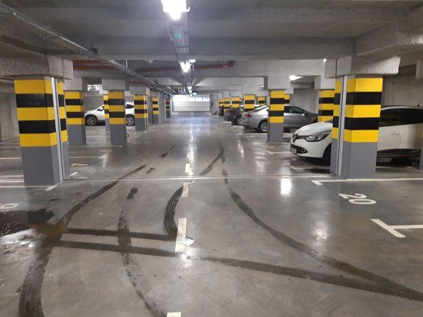 Katowice, sołtysia - Miejsce postojowe w garażu podziemnym