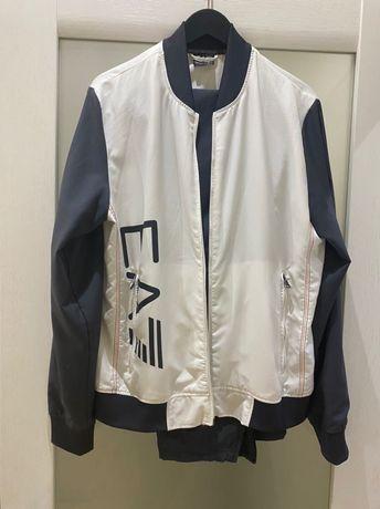 Брендовый  спортивный костюм Emporio armani(размер XL),оригинал,в идеа
