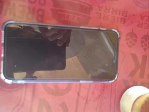Iphone x comprado a cerca de um ano