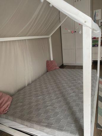 Łóżko domek z materacem sprężynowym 120x200