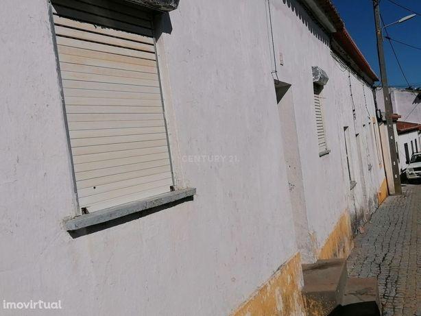 Moradia com 2 quartos na rua João Afonso, Vila Alva (Cuba-Alentejo).18