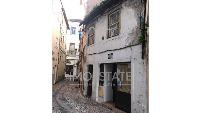 Prédio centro histórico Coimbra