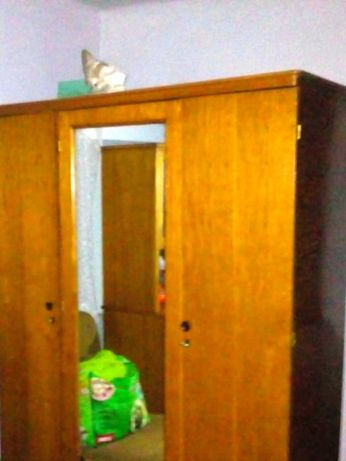Шкаф для одежды, гардероб. Натуральное дерево.