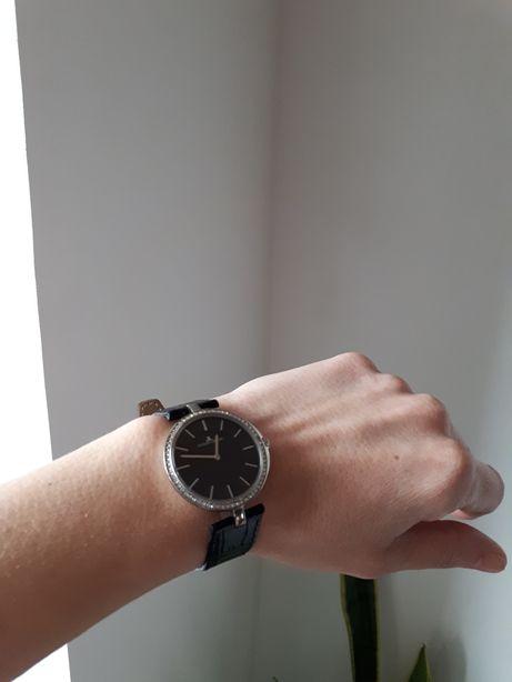 Женские часы jacques lemans 1-1662
