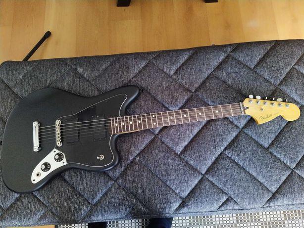 Guitarra Eléctrica Fender Jaguar Blacktop