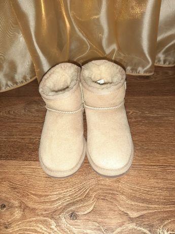 Зимние ботинки,угги