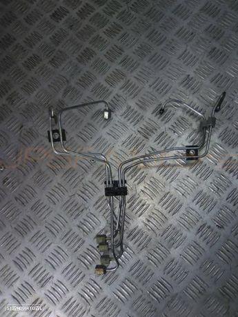 Conjunto 4 Tubos Injecção Toyota Land Cruiser 3.0Td 1996 1KZ-TE