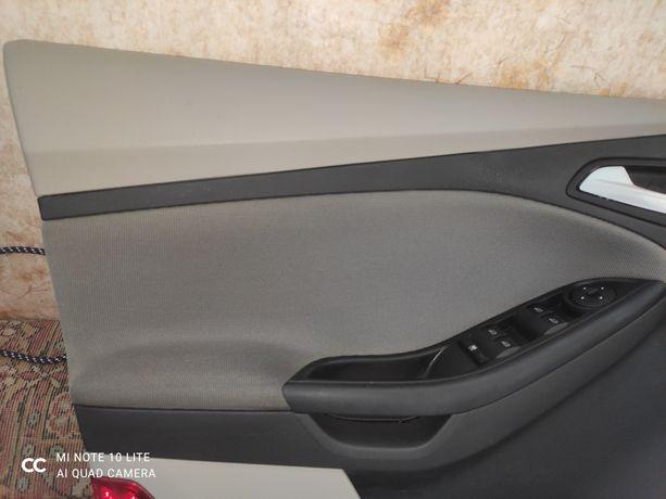 Дверна карта на Форд фокус 3